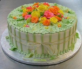 Imagenes lindas con pastel de cumpleaños