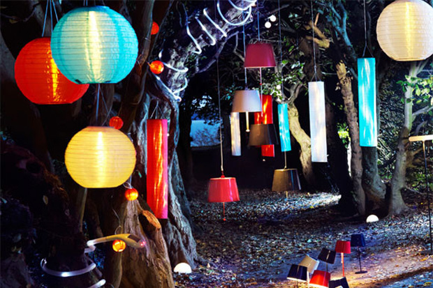 C mo iluminar el jard n para un cumplea os for Decoracion jardin fiesta cumpleanos