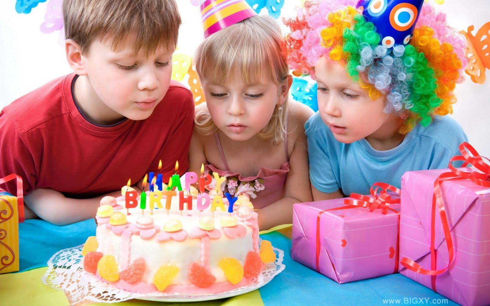 Ideas para hacer un cumpleaños divertido y económico para un niño